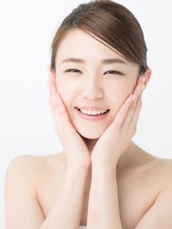 ハイフ(HIFU) たるみ・シワ改善 小顔治療レーザー