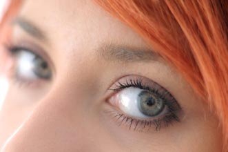経結膜的眼瞼下垂
