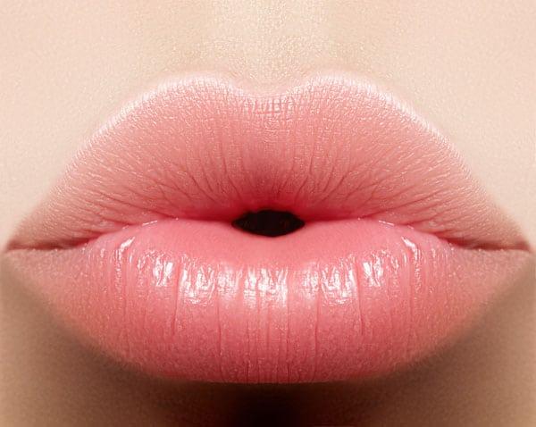 ふっくらした唇
